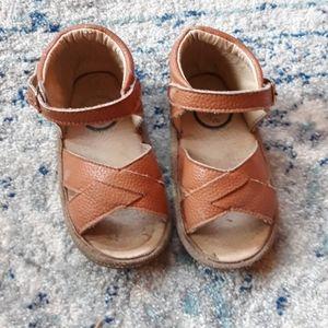 Little Love Bug Minimalist Brown Sandal